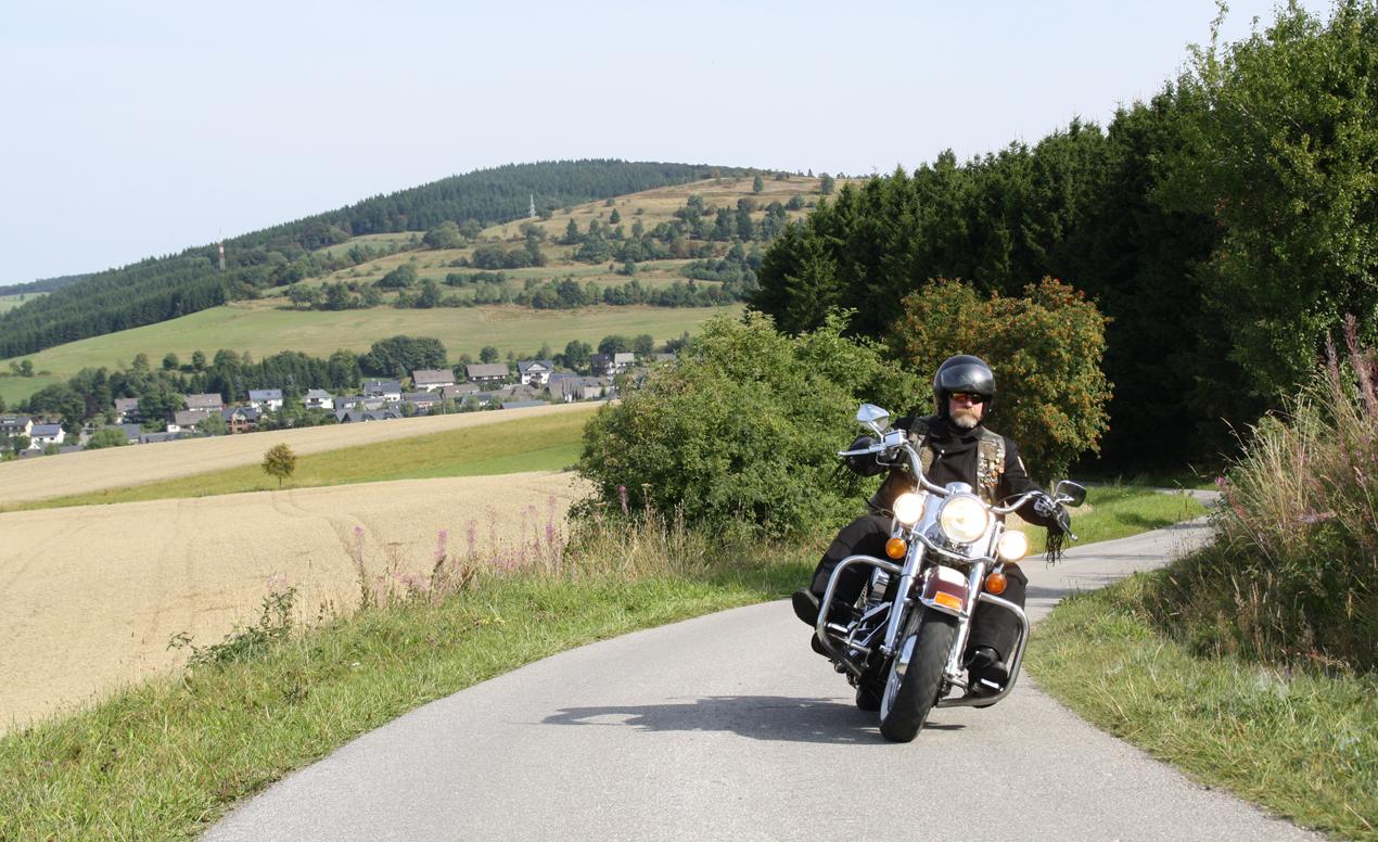 Motorradtour auf dem Kahlen Pön in Usseln