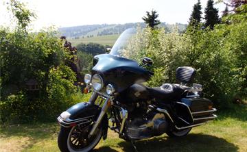 Motorradvermietung Ansicht Harley-Davidson Electra Glide FLHT 1340