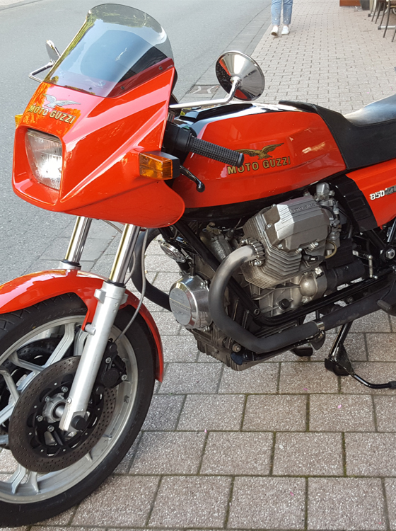 Moto Guzzi 850 Le Mans 3